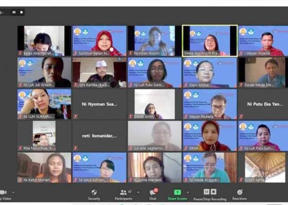 Nusabali.com - guru-tk-diwajibkan-buat-video-pembelajaran