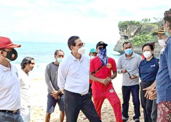 Nusabali.com - pantai-balangan-belum-memiliki-posko-balawista