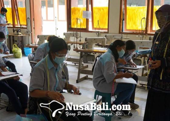 Nusabali.com - tamat-pelatihan-peserta-dapat-sertifikat-kompetensi