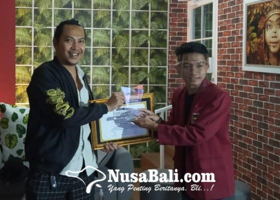 Nusabali.com - bersama-robi-navicula-belajar-pentingnya-literasi-dalam-berkarya