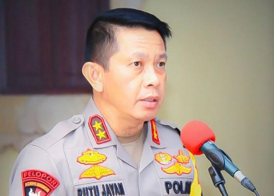 Nusabali.com - dukung-gubernur-kapolda-instruksikan-jajaran-pakai-endek