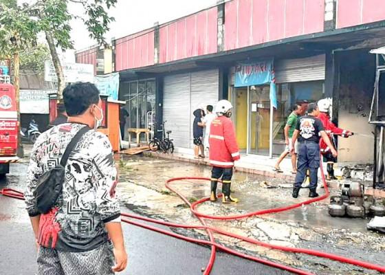Nusabali.com - gas-bocor-warung-makan-terbakar