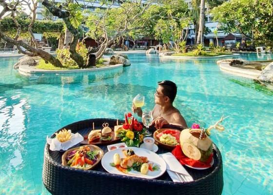Nusabali.com - hotel-gibb-siapkan-sarapan-terapung
