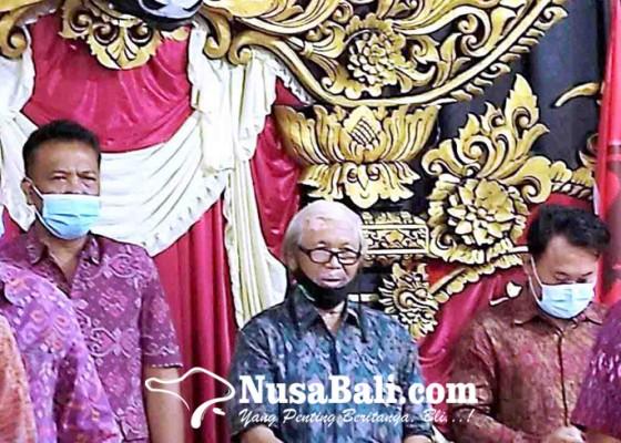 Nusabali.com - dpc-pdip-klungkung-berharap-pemakaian-endek-jangan-diseragamkan