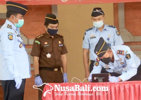 Nusabali.com - rutan-negara-tandatangani-komitmen-zona-integritas