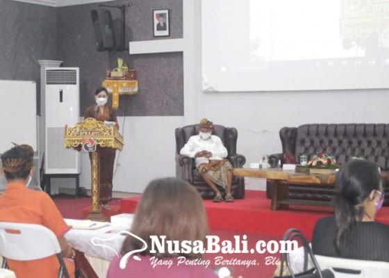 Nusabali.com - bpr-kanti-berikan-pelatihan-desain-kemasan-dan-urus-izin-edar