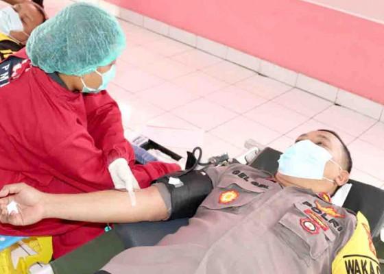 Nusabali.com - puluhan-anggota-polres-tabanan-donor-darah