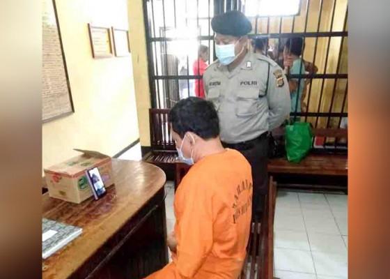 Nusabali.com - cegah-kerumunan-polres-buleleng-beri-layanan-videocall-untuk-tahanan