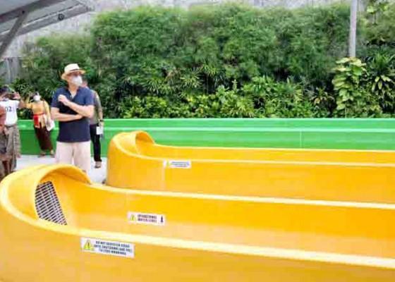 Nusabali.com - kolam-pura-taman-ayun-dibersihkan