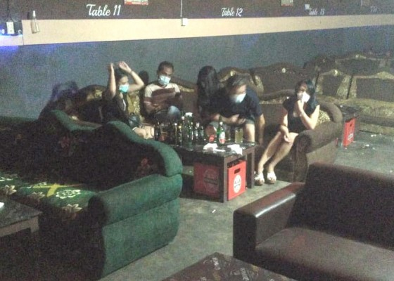 Nusabali.com - sepekan-kerumunan-di-7-kafe-remang-remang-dibubarkan