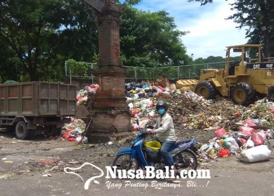 Nusabali.com - alat-berat-bermasalah-sampah-di-5-tps-sementara-meluber
