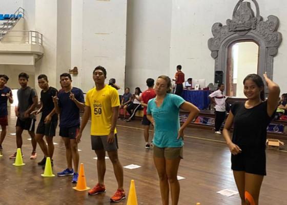 Nusabali.com - tim-pon-renang-latihan-bersama