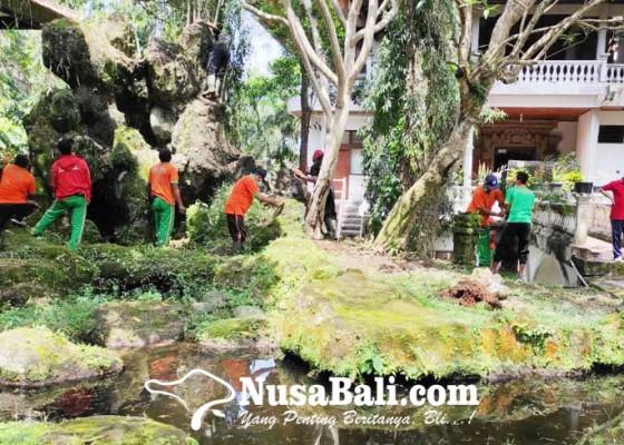 Nusabali.com - bupati-sedana-arta-instruksikan-pegawai-bersihkan-kantor