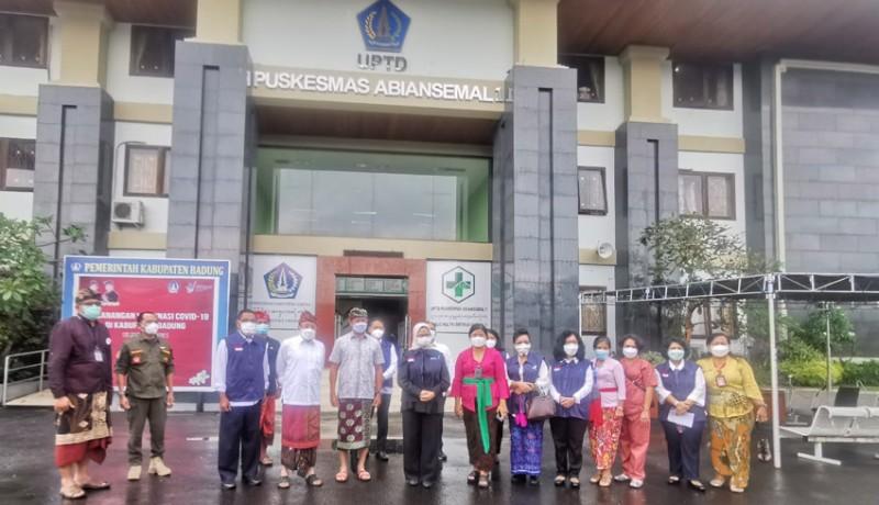 www.nusabali.com-kepala-badan-pom-tinjau-puskesmas-abiansemal-i