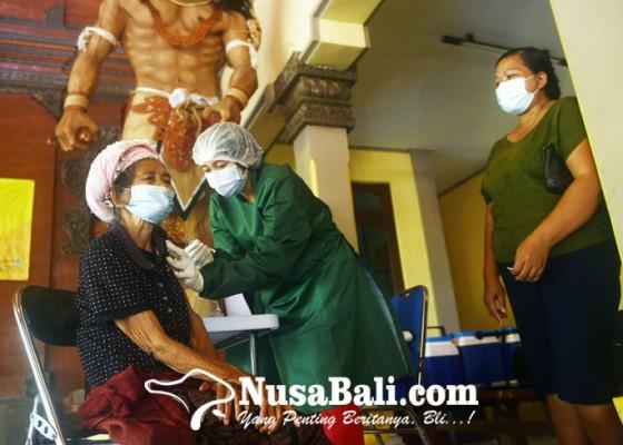 Nusabali.com - pedagang-pasar-mulai-disasar-vaksinasi