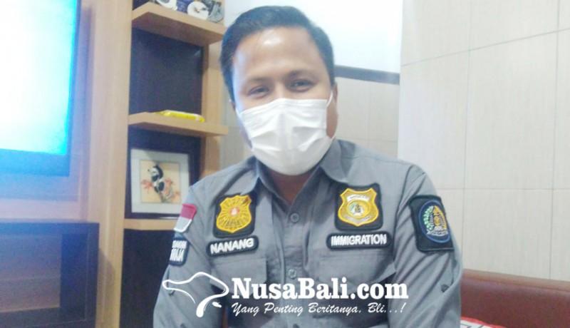 www.nusabali.com-imigrasi-singaraja-amankan-passpor-dua-wna-pemalsu-surat-pcr