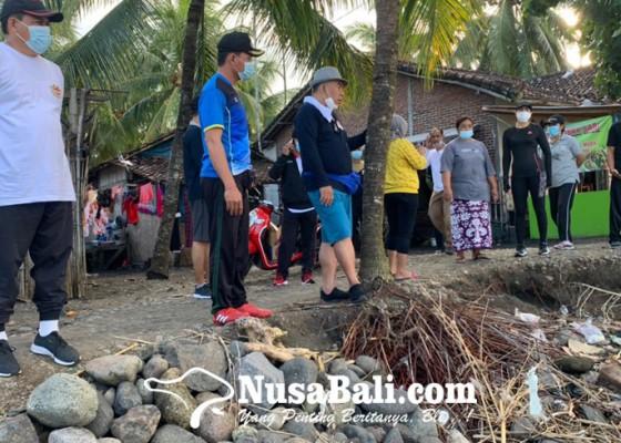 Nusabali.com - bupati-tamba-tinjau-abrasi-di-pebuahan