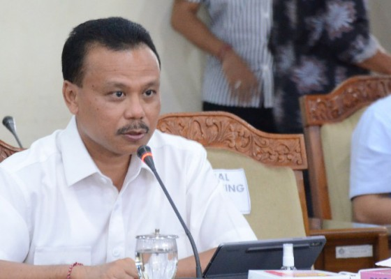 Nusabali.com - bansos-anggota-dewan-dipangkas-rp-500-juta