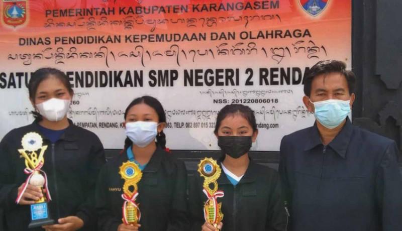 www.nusabali.com-smpn-2-rendang-raih-7-juara-saat-pandemi