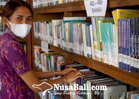 Nusabali.com - perpustakaan-besakih-hanya-koleksi-1-buku-sejarah-pura-besakih