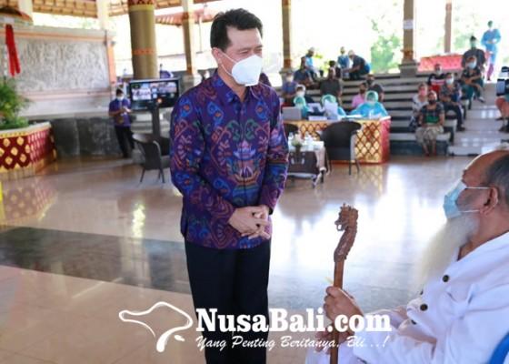 Nusabali.com - di-klungkung-vaksinasi-massal-sasar-1000-warga