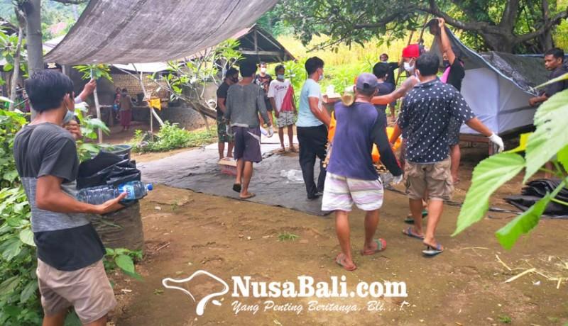 www.nusabali.com-terpeleset-nenek-tewas-jatuh-ke-jurang