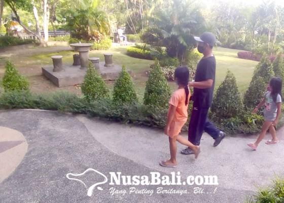 Nusabali.com - pemkot-belum-buka-ruang-publik