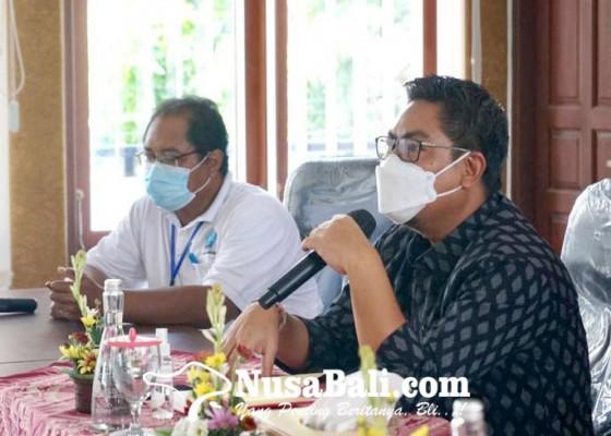 Nusabali.com - wawali-arya-wibawa-ajak-tangani-permasalahan-sampah-dan-percepat-vaksinasi