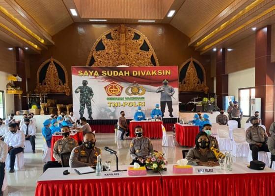 Nusabali.com - 50-personel-polres-klungkung-divaksin-covid-19