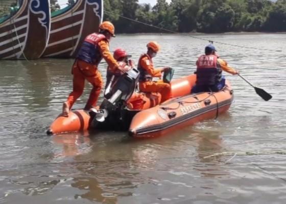 Nusabali.com - nelayan-hilang-perahu-ditemukan-terombang-ambing-di-perairan-perancak
