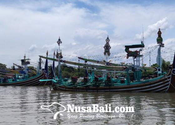 Nusabali.com - nelayan-keluhkan-sulit-dapat-bbm-bersubsidi
