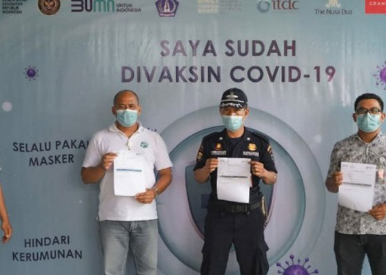 Nusabali.com - wujudkan-zona-hijau-kawasan-pariwisata-nusa-dua-gencarkan-vaksinasi