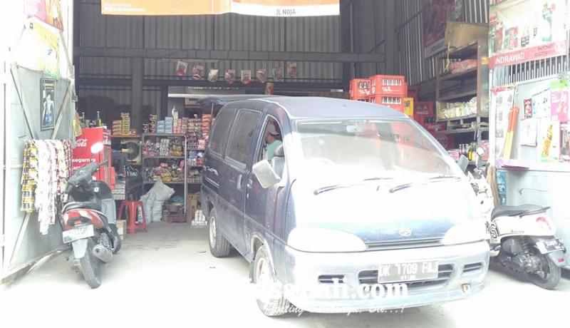 www.nusabali.com-perampok-berpedang-sasar-toko-sembako