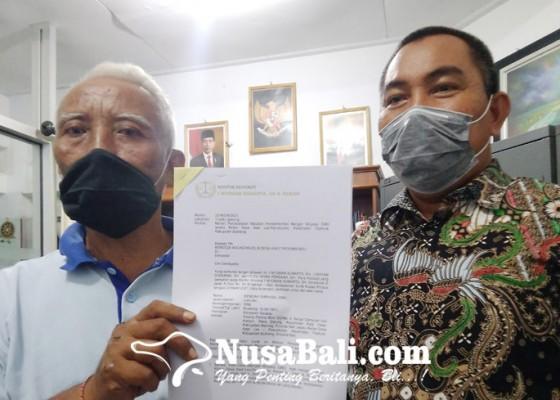 Nusabali.com - diberhentikan-sepihak-kelian-desa-adat-les-penuktukan-layangkan-surat-ke-mda