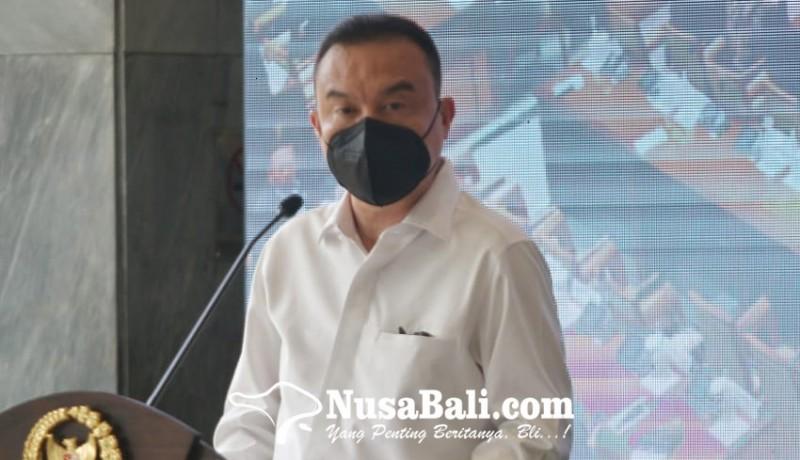 www.nusabali.com-jurnalis-salah-satu-garda-terdepan-melawan-covid-19