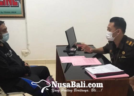 Nusabali.com - sumbangan-covid-19-diselewengkan-oknum-satgas-desa-pujungan-dijebloskan-ke-penjara