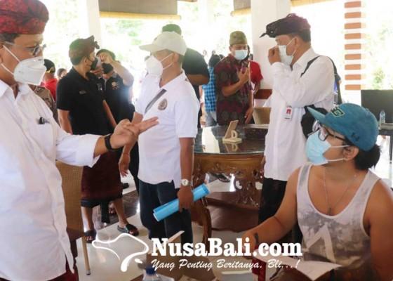 Nusabali.com - vaksinasi-tiga-dtw-dimulai-dari-pemuteran