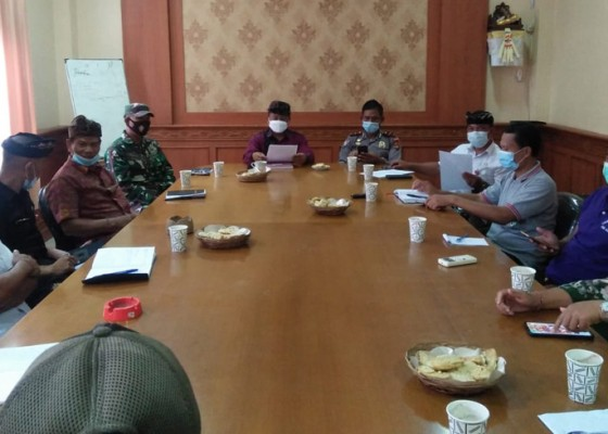 Nusabali.com - satgas-covid-19-petang-bentuk-tim-verifikasi-sekolah