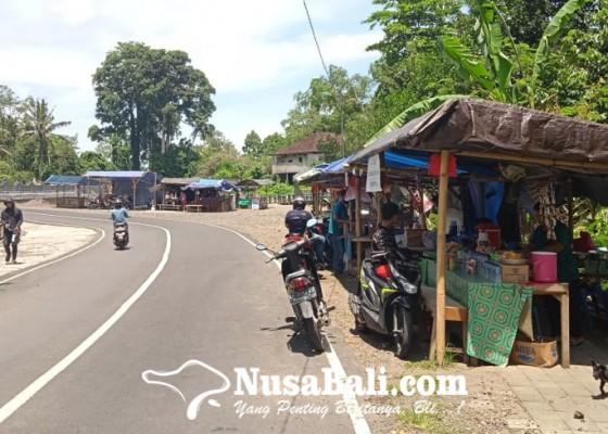 Nusabali.com - jual-jajan-bali-hingga-dagang-alat-pertanian