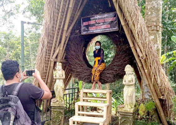 Nusabali.com - anak-ketua-dprd-gianyar-buka-eco-park