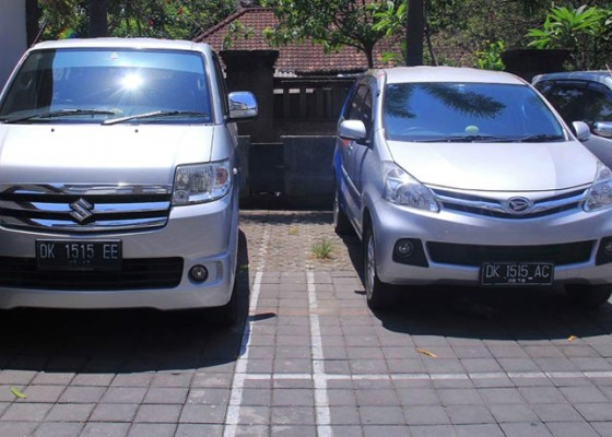 Nusabali.com - 3-mobil-plat-1515-dicurigai-bau-isis