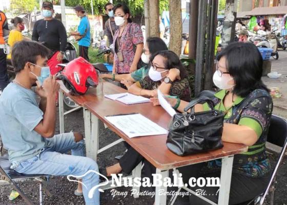 Nusabali.com - razia-prokes-di-jalan-bypass-ida-bagus-mantra-20-orang-terjaring