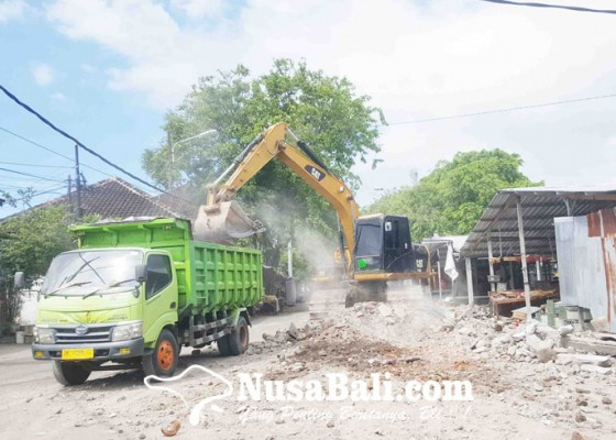 Nusabali.com - pasar-darurat-mulai-dibongkar