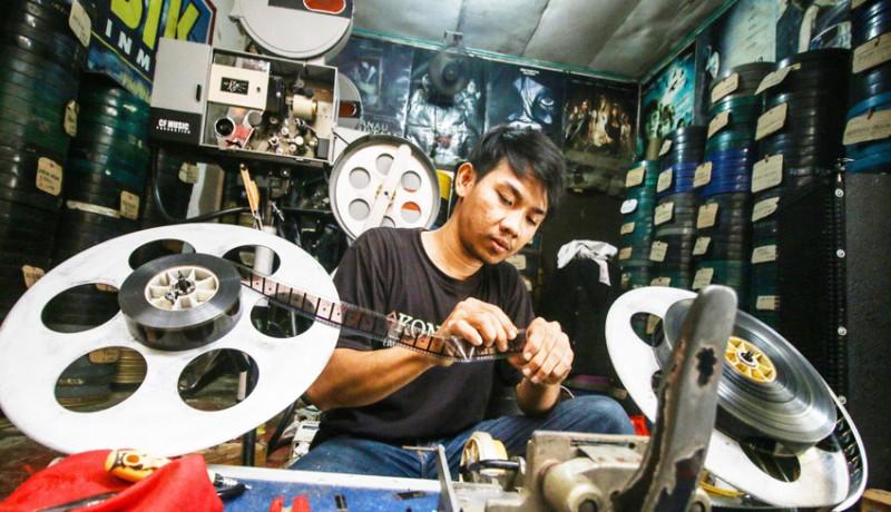 www.nusabali.com-jasa-penyewaan-film-seluloid-menurun