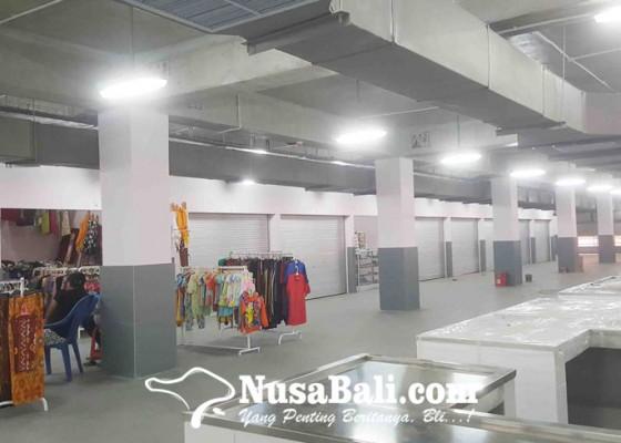 Nusabali.com - los-dan-kios-pasar-banyuasri-banyak-nganggur