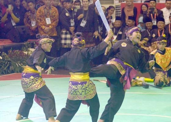 Nusabali.com - pesilat-kelas-dunia-duel-di-bali