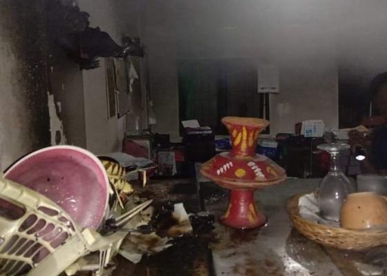 Nusabali.com - ruang-sapras-distan-tabanan-terbakar