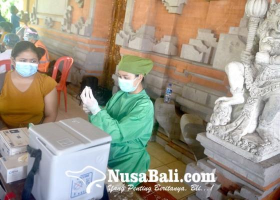 Nusabali.com - denpasar-gelar-vaksinasi-goes-to-banjar
