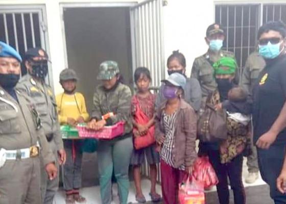 Nusabali.com - pengamen-dan-gepeng-menjamur-saat-pandemi-covid-19-di-denpasar