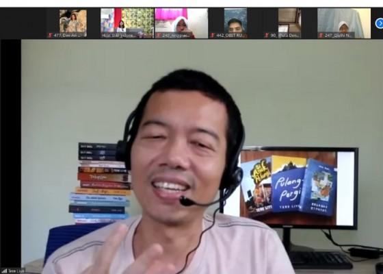 Nusabali.com - tere-liye-berbagi-cerita-menulis-tidak-hanya-untuk-penulis